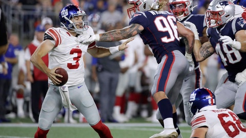 <p>               New England Patriots outside linebacker Scooby Wright (96) pressures New York Giants quarterback Alex Tanney (3) in the first half of an NFL preseason football game, Thursday, Aug. 29, 2019, in Foxborough, Mass. (AP Photo/Elise Amendola)             </p>