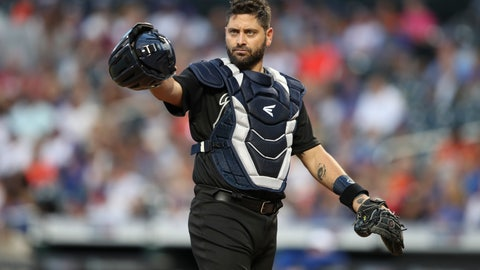 <p>               Atlanta Braves catcher Francisco Cervelli gestures toward the dugout during the first inning of the team's baseball game against the New York Mets, Saturday, Aug. 24, 2019, in New York. (AP Photo/Mary Altaffer)             </p>