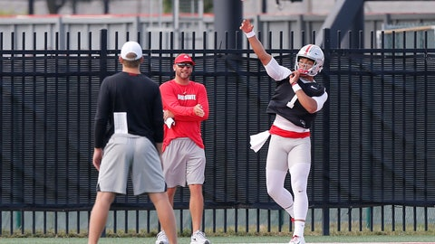 <p>               Ohio State quarterback Justin Fields throws a pass during NCAA college football practice, Friday, Aug. 2, 2019, in Columbus, Ohio. (AP Photo/Jay LaPrete)             </p>