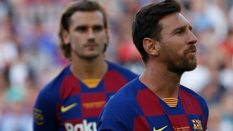<p>               Barcelona forward Lionel Messi, right, looks on next to his teammate Antoine Griezman prior of the Joan Gamper trophy soccer match between FC Barcelona and Arsenal at the Camp Nou stadium in Barcelona, Spain, Sunday, Aug. 4, 2019. (AP Photo/Joan Monfort)             </p>