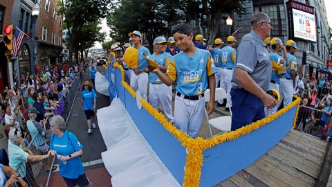 <p>               The West Region Champion Little League team from Wailuku, Hawaii, rides in the Little League Grand Slam Parade in downtown Williamsport, Pa., Wednesday, Aug. 14, 2019. The Little League World Series baseball tournament, featuring 16 teams from around the world, starts Thursday in South Williamsport, Pa. (AP Photo/Gene J. Puskar)             </p>