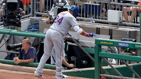 <p>               New York Mets' Robinson Cano makes his way to the dugout after injuring his left hamstring while rounding first base during the fourth inning of a baseball game against the Pittsburgh Pirates in Pittsburgh, Sunday, Aug. 4, 2019. (AP Photo/Gene J. Puskar)             </p>