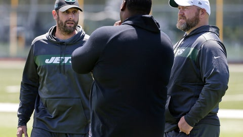<p>               FILE - In this June 11, 2019, file photo, New York Jets general manager Joe Douglas, right, and coach Adam Gase, left, speak to former offensive lineman Damien Woody during a practice at the team's NFL football training facility in Florham Park, N.J. Gone are coach Todd Bowles and general manager Mike Maccagnan, replaced by Gase and Douglas--two buddies from their days in Chicago. (AP Photo/Seth Wenig, File)             </p>