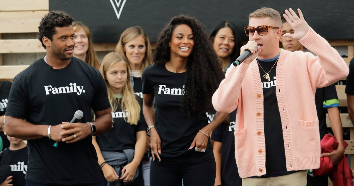 Wilson, Ciara, Macklemore celebrate joining Sounders | FOX Sports