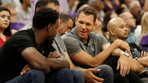 "<p>               FILE - In this July 1, 2019, file photo, Sacramento Kings head coach Luke Walton talks with former Sacramento Kings player Chris Webber, left, as Kings general manager Vlade Divac, obscured at center, looks on during the first half of an NBA basketball summer league gamebetween the Kings and Golden State Warriors in Sacramento, Calif. The Sacramento Kings and the NBA have announced that after a thorough investigation there isn't enough evidence to support allegations that new coach Luke Walton sexually assaulted a woman. The team and league began a joint investigation in April following a lawsuit filed in Los Angeles by former sportscaster Kelli Tennant, who ""elected not to participate in the investigation. Based on this and the available evidence, the investigators determined that there was not a sufficient basis to support the allegations made against Coach Walton,"" the Kings announced in a joint statement with the NBA. (AP Photo/Rich Pedroncelli, File)             </p>"