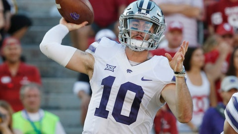 <p>               FILE - In this Oct. 27, 2018, file photo, Kansas State quarterback Skylar Thompson (10) throws in the second of an NCAA college football game against Oklahoma in Norman, Okla. Skylar Thompson went through the ringer his first two seasons in Manhattan, never quite feeling confident of himself under longtime coach Bill Snyder. But with the arrival of Chris Klieman, the junior signal-caller has taken over the leadership of a team that has bowl expectations under its new head coach. (AP Photo/Sue Ogrocki, File)             </p>
