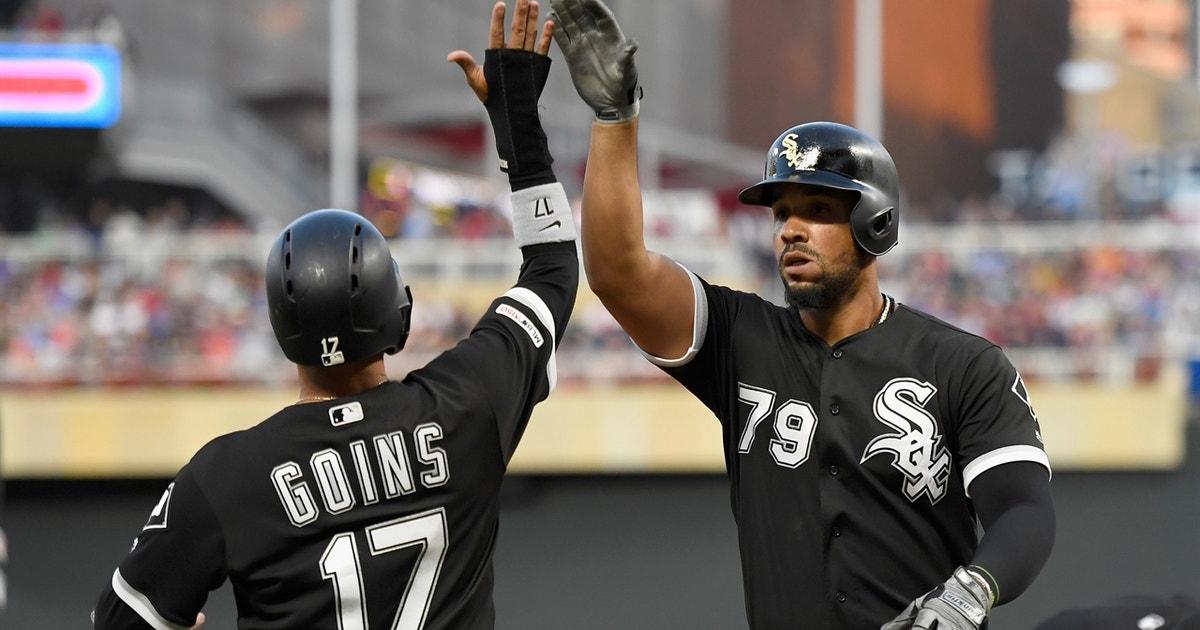 White Sox score 4 runs in the third behind José Abreu's three-run homer