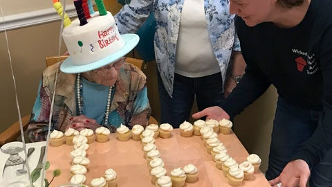 <p>               In this photo provided by Tony Venti, Hazel Nilson celebrates her 111th birthday with peach cupcakes, Wednesday, Aug. 21, 2019, at Sunapee Cove in Sunapee, N.H. A lifelong Chicago Cubs fan, Nilson was born on Aug. 21, 1908, in Chicago. (Tony Venti via AP)             </p>