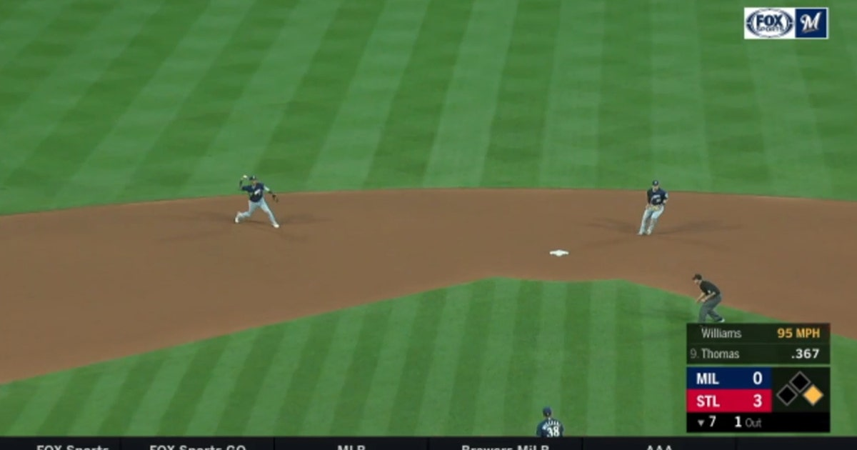 WATCH: Brewers' Arcia finishes off double play with laser to first