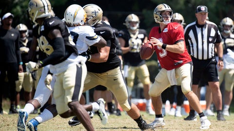 <p>               New Orleans Saints quarterback Drew Brees, right, looks to throw a pass during a joint NFL football practice with the Los Angeles Chargers in Costa Mesa, Calif., Thursday, Aug. 15, 2019. (AP Photo/Kyusung Gong)             </p>