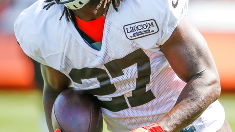 <p>               Cleveland Browns running back Kareem Hunt runs the ball during practice at the NFL football team's training facility Monday, Aug. 5, 2019, in Berea, Ohio. (AP Photo/Ron Schwane)             </p>