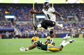 Jackson sharp, Rodgers sits and Ravens beat Packers 26-13