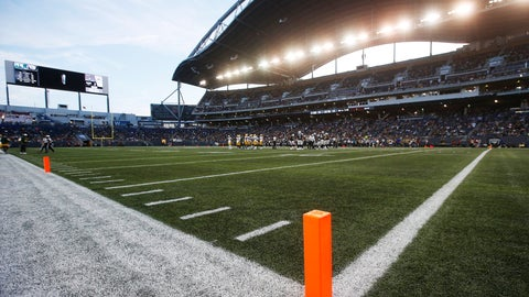 <p>               Pylons mark the modified end zone during the first half of an NFL preseason football game between the Oakland Raiders and the Green Bay Packers on Thursday, Aug. 22, 2019, in Winnipeg, Manitoba. (John Woods/The Canadian Press via AP)             </p>
