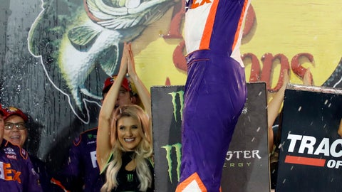 <p>               Denny Hamlin celebrates after winning the NASCAR Cup Series auto race Saturday, Aug. 17, 2019, in Bristol, Tenn. (AP Photo/Wade Payne)             </p>