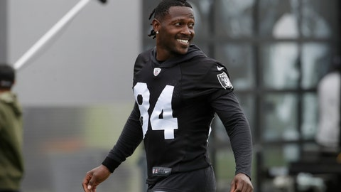 <p>               Oakland Raiders' Antonio Brown smiles before stretching during NFL football practice in Alameda, Calif., Tuesday, Aug. 20, 2019. (AP Photo/Jeff Chiu)             </p>