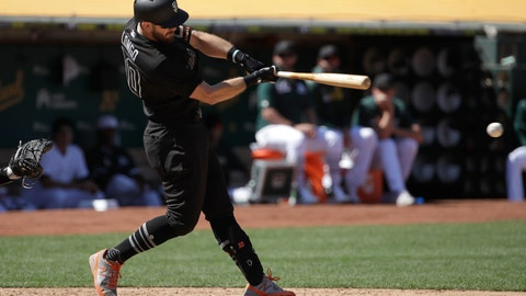 <p>               San Francisco Giants' Evan Longoria hits a two-run single against the Oakland Athletics during the seventh inning of a baseball game in Oakland, Calif., Sunday, Aug. 25, 2019. (AP Photo/Jeff Chiu)             </p>