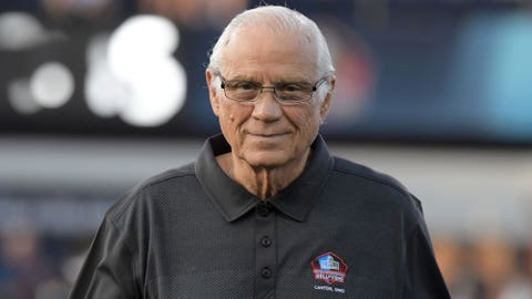 Johnny Robinson at Hall of Fame Game