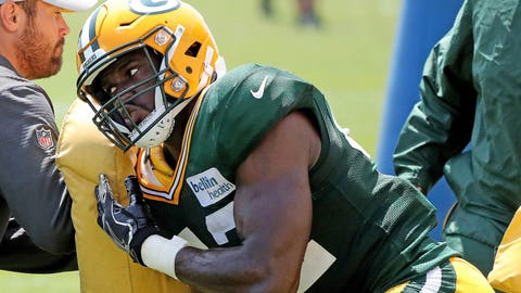 Oren Burks, Packers linebacker (↓ DOWN)