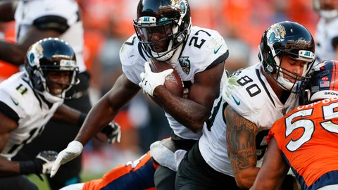 <p>               Jacksonville Jaguars running back Leonard Fournette, center, runs with the ball during the second half of an NFL football game against the Denver Broncos, Sunday, Sept. 29, 2019, in Denver. (AP Photo/David Zalubowski)             </p>