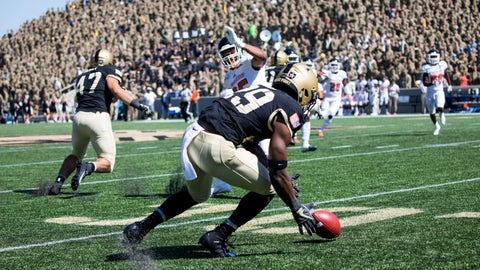 <p>               Army running back A.J. Howard Jr. (29) recovers the ball during the first half of an NCAA college football game against Morgan State, Saturday, Sept. 21, 2019 in West Point, N.Y. (AP Photo/Julius Constantine Motal)             </p>