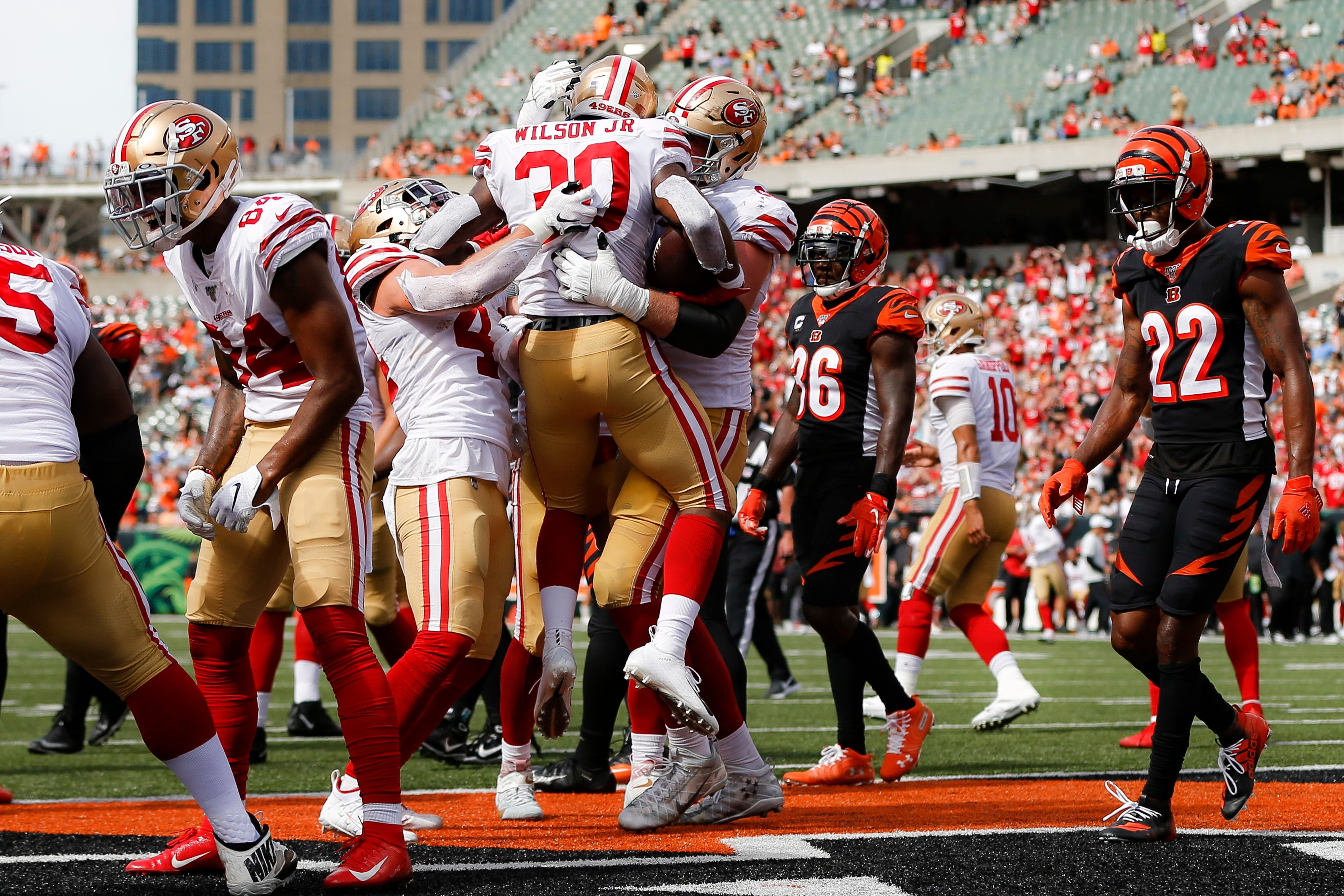 buy online 7c610 52610 49ers return home after successful road trip to start season ...