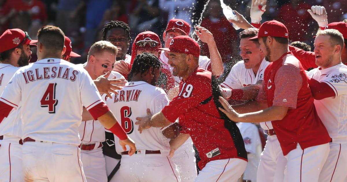 Ervin's 11th-inning homer lifts Reds over Phillies 4-3 | FOX Sports