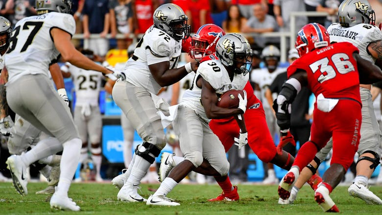 Freshman QB Dillon Gabriel leads No. 18 UCF in rout of FAU