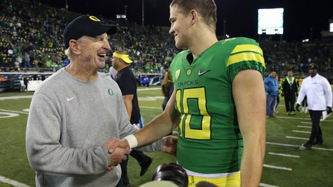 <p>               FILE - In this Nov. 18, 2017, file photo, Oregon defensive coordinator Jim Leavitt, left, congratulates quarterback Justin Herbert after the team's NCAA college football game against Arizona in Eugene, Ore. Florida State coach Willie Taggart is hiring former Oregon defensive coordinator Leavitt as an analyst to help fix a flailing defense, a person involved with the decision told The Associated Press on Wednesday night, Sept. 11, 2019. The person spoke on condition of anonymity because the hiring was still being finalized. Leavitt worked with Taggart in 2017 during the one season Taggart was head coach at Oregon. (AP Photo/Chris Pietsch, File)             </p>