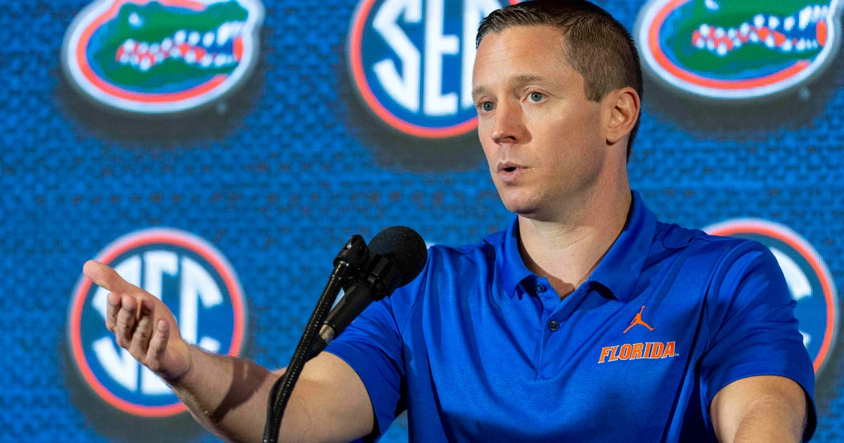 Florida basketball coach Mike White gets raise, two-year contract extension | FOX Sports