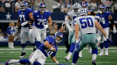 <p>               New York Giants quarterback Eli Manning (10) comes to a sliding stop after a short gain as Dallas Cowboys outside linebacker Sean Lee (50) closes in in the first half of a NFL football game in Arlington, Texas, Sunday, Sept. 8, 2019. (AP Photo/Michael Ainsworth)             </p>