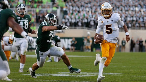 <p>               Arizona State quarterback Jayden Daniels, right, scrambles for a first down against Michigan State's Joe Bachie (35) and Kenny Willekes (48) late in the fourth quarter of an NCAA college football game, Saturday, Sept. 14, 2019, in East Lansing, Mich.  (AP Photo/Al Goldis)             </p>