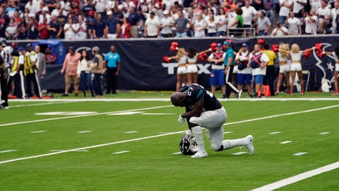<p>               Jacksonville Jaguars running back Leonard Fournette (27) reacts after he was held short of the goal line on a two-point conversion attempt against the Houston Texans during the second half of an NFL football game Sunday, Sept. 15, 2019, in Houston. (AP Photo/David J. Phillip)             </p>