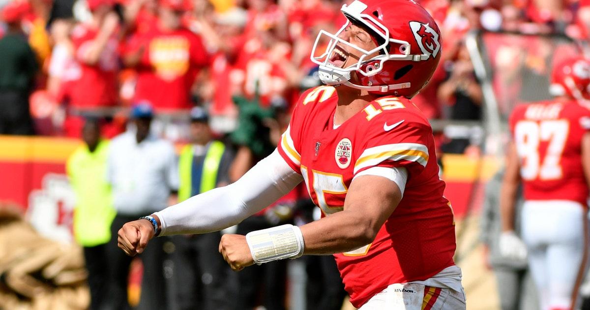 Chiefs stop 3 2-point conversions, beat Ravens 33-28 | FOX Sports