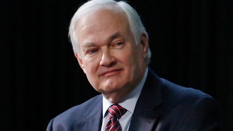 <p>               FILE - In this Jan. 24, 2015, file photo, NHL Players' Association Executive Director Donald Fehr listens during a press conference in Columbus, Ohio. The NHL Players' Association executive board and others meet Wednesday evening, Sept. 4, 2019, in Chicago, in advance of a Sept. 15 deadline to decide whether to terminate the current collective bargaining agreement. (AP Photo/Gene J. Puskar, File)             </p>