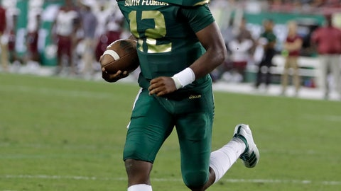 <p>               South Florida quarterback Jordan McCloud (12) runs into the end zone for a touchdown against South Carolina State during the second half of an NCAA college football game Saturday, Sept. 14, 2019, in Tampa, Fla. (AP Photo/Chris O'Meara)             </p>
