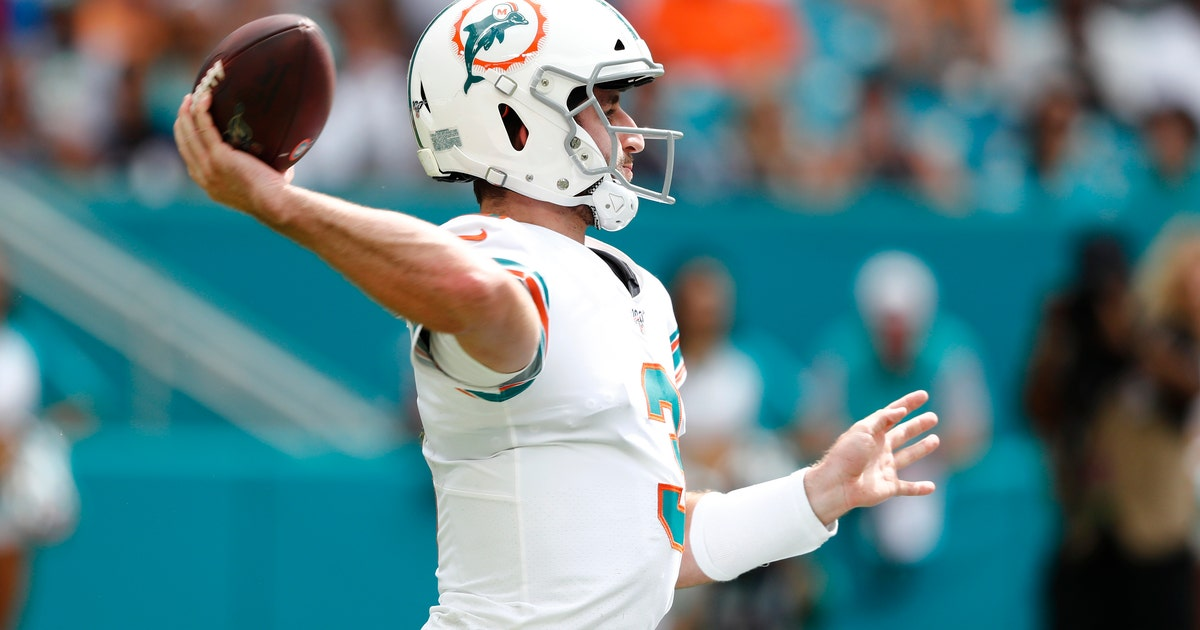 QB Rosen says he'll try to provide spark Dolphins badly need | FOX Sports