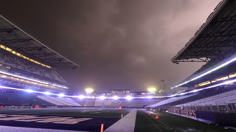 <p>               Lightning lights up clouds above Husky Stadium during a weather delay in the first quarter of an NCAA college football game between Washington and California, Saturday, Sept. 7, 2019, in Seattle. Fans were directed to seek shelter in nearby buildings due to severe weather in the area. (AP Photo/Ted S. Warren)             </p>