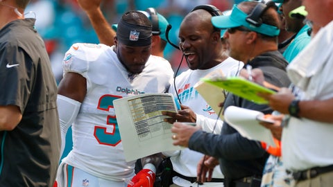 <p>               Miami Dolphins head coach Brian Flores talks to free safety Doug Middleton (36) on the sidelines, during the first half at an NFL football game, Sunday, Sept. 29, 2019, in Miami Gardens, Fla. AP Photo/Wilfredo Lee)             </p>
