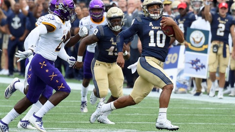 <p>               Navy quarterback Malcolm Perry runs in the first half of an NCAA college football game against East Carolina  Saturday, Sept. 14, 2019,  in Annapolis, M.D.  (Paul W. Gillespie/The Baltimore Sun via AP)             </p>