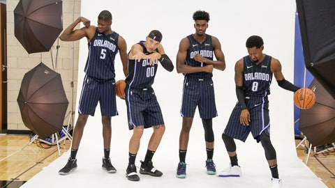 <p>               Orlando Magic players, from left, Mo Bamba (5), Aaron Gordon (00), Jonathan Isaac and Terrence Ross (31) have some fun posing for photos during the NBA basketball team's media day, Monday, Sept. 30, 2019, in Orlando, Fla. (AP Photo/John Raoux)             </p>