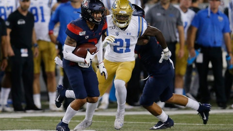 <p>               Arizona cornerback Lorenzo Burns (2) runs with the ball after intercepting a pass against UCLA in the first half during an NCAA college football game, Saturday, Oct. 28, 2019, in Tucson, Ariz. (AP Photo/Rick Scuteri)             </p>