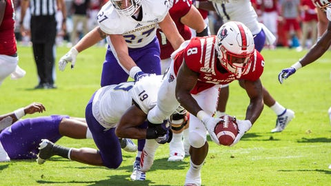 <p>               North Carolina State's Ricky Person, Jr. (8) carries the ball for a touchdown past Western Carolina's Devarius Cortner (19) during an NCAA college football game against Western Carolina in Raleigh, N.C. Saturday, Sep 7, 2019. (AP Photo/Ben McKeown)             </p>