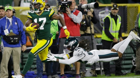 <p>               Green Bay Packers wide receiver Davante Adams runs from the defense of Philadelphia Eagles cornerback Sidney Jones after making a catch during the first half of an NFL football game Thursday, Sept. 26, 2019, in Green Bay, Wis. (AP Photo/Jeffrey Phelps)             </p>