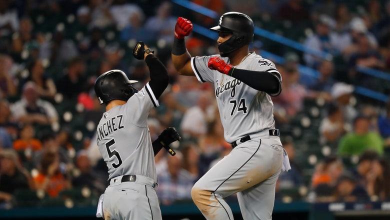 Jiménez's slam helps White Sox rout Tigers 10-1