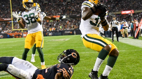 <p>               Green Bay Packers' Adrian Amos intercepts a pass during the second half of an NFL football game against the Chicago Bears Thursday, Sept. 5, 2019, in Chicago. The Packers won 10-3. (AP Photo/David Banks)             </p>