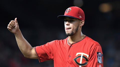 <p>               Minnesota Twins starting pitcher Jose Berrios gives a thumbs-up while leaving a baseball game with one out in the eighth inning against the Chicago White Sox, Monday, Sept. 16, 2019, in Minneapolis. (AP Photo/Tom Olmscheid)             </p>