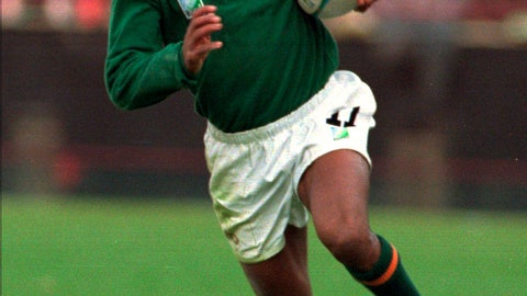 <p>               FILE - In this June 10, 1995, file photo, South Africa's Chester Williams cuts across the open field during Rugby World Cup action against Western Samoa in Johannesburg. Williams, the only black player on South Africa's famed 1995 Rugby World Cup winning team, has died Friday, Sept. 6, 2019, in Cape Town of a heart attack, SA Rugby announced. He was 49. (AP Photo/Ross Setford, File)             </p>