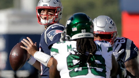 <p>               New England Patriots quarterback Jarrett Stidham, left, looks for a receiver past New York Jets defensive tackle Steve McLendon (99) in the second half of an NFL football game, Sunday, Sept. 22, 2019, in Foxborough, Mass. (AP Photo/Steven Senne)             </p>