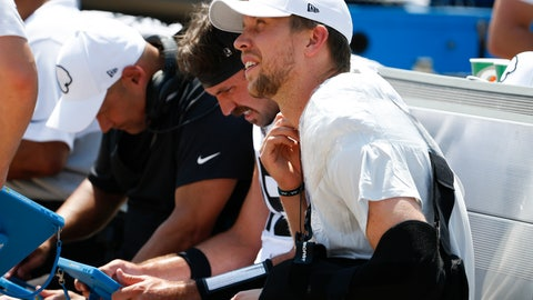 <p>               Jacksonville Jaguars quarterback Nick Foles, right, sits on the bench with his arm in a sling after he was injured during the first half of an NFL football game against the Kansas City Chiefs, Sunday, Sept. 8, 2019, in Jacksonville, Fla. (AP Photo/Stephen B. Morton)             </p>