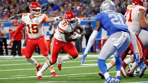 <p>               Kansas City Chiefs quarterback Patrick Mahomes (15) hands off to running back Darrel Williams (31) for a 1-yard touchdown rush during the second half of an NFL football game against the Detroit Lions, Sunday, Sept. 29, 2019, in Detroit. (AP Photo/Rick Osentoski)             </p>